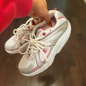 Champion sneakers/running shoes